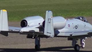 SPECIALLY R/C WARTHOG A-10 TWIN TURBINE MODEL JET