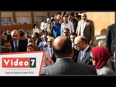 وزيرا التعليم والإنتاج الحربى يشاركان طلاب تحيا مصر تحية العلم  - 13:22-2017 / 9 / 24