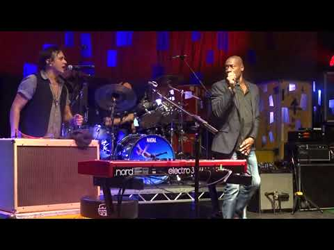 Mike & the Mechanics - Cuddly Toy (Roachford) - Live in London 10 10 2017