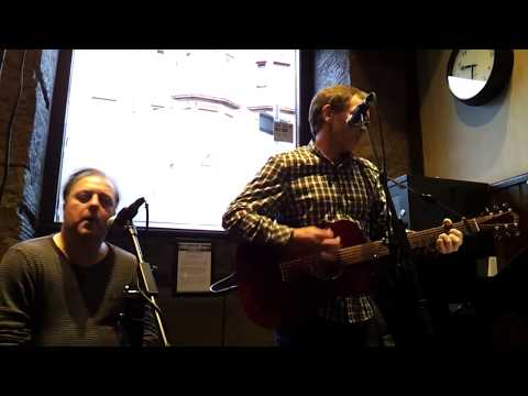 Acoustic Ally & Chas at Allison Arms Glasgow