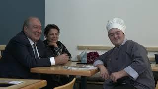 Ծանոթացա՞ր Նունեի հետ, էսի իմ կնիկն ա ...Արմեն Սարգսյանը՝ Գյումրիում