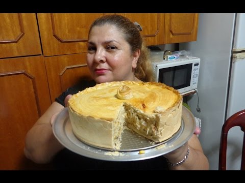 TORTA DE FRANGO SUPER GOSTOSA E SABOROSA POR MARA CAPRIO thumbnail