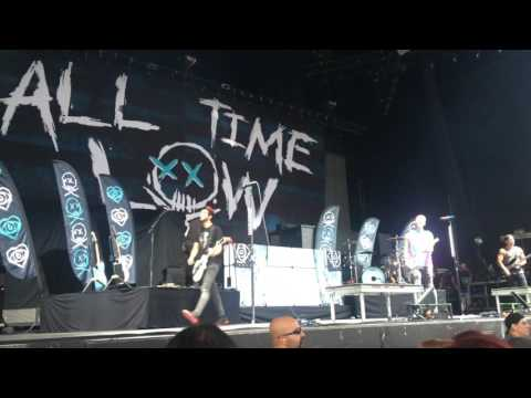 All Time Low - Intro & Lost In Stereo Live Toronto [08.21.16]