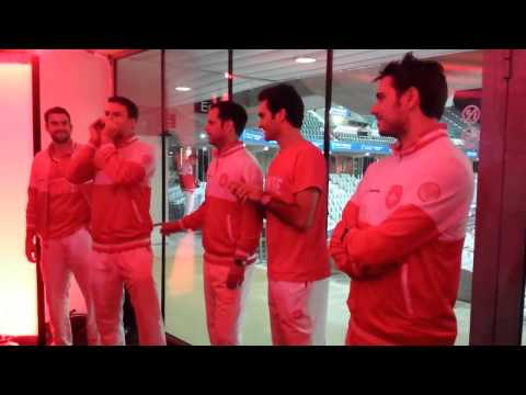 Swiss Davis Cup Team Singing Anthem (Roger, Stan,