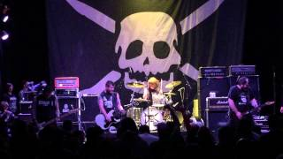 Teenage Bottlerocket - Necrocomicon & Fatso Goes Nutzoid Live @ Club Prkl, Finland