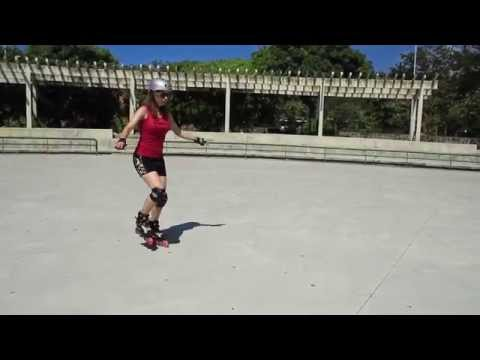 How to skate forwards for beginners on inline skates or rollerblades. First steps.