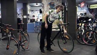 Что такое гоночные шоссейные велосипеды(Гоночные шоссейные велосипеды в нашем магазине: https://mountainpeaks.ru/catalog/velosipedy/GONOCHNYEshosseynyevelosipedy/?r1=YouTube VK: ..., 2017-01-25T11:45:05.000Z)