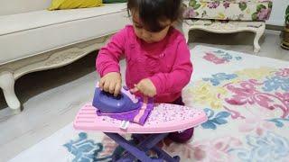 Ebrar oyuncak ütüsüyle ütü yapıyor | for kids video | oyuncu bebe TV
