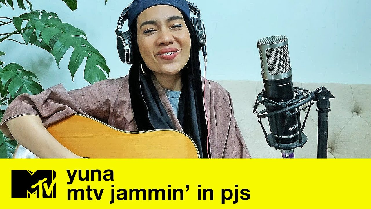 "Yuna (Live) - ""Stay Where You Are"" + ""Decorate"" + ""Crush"" 