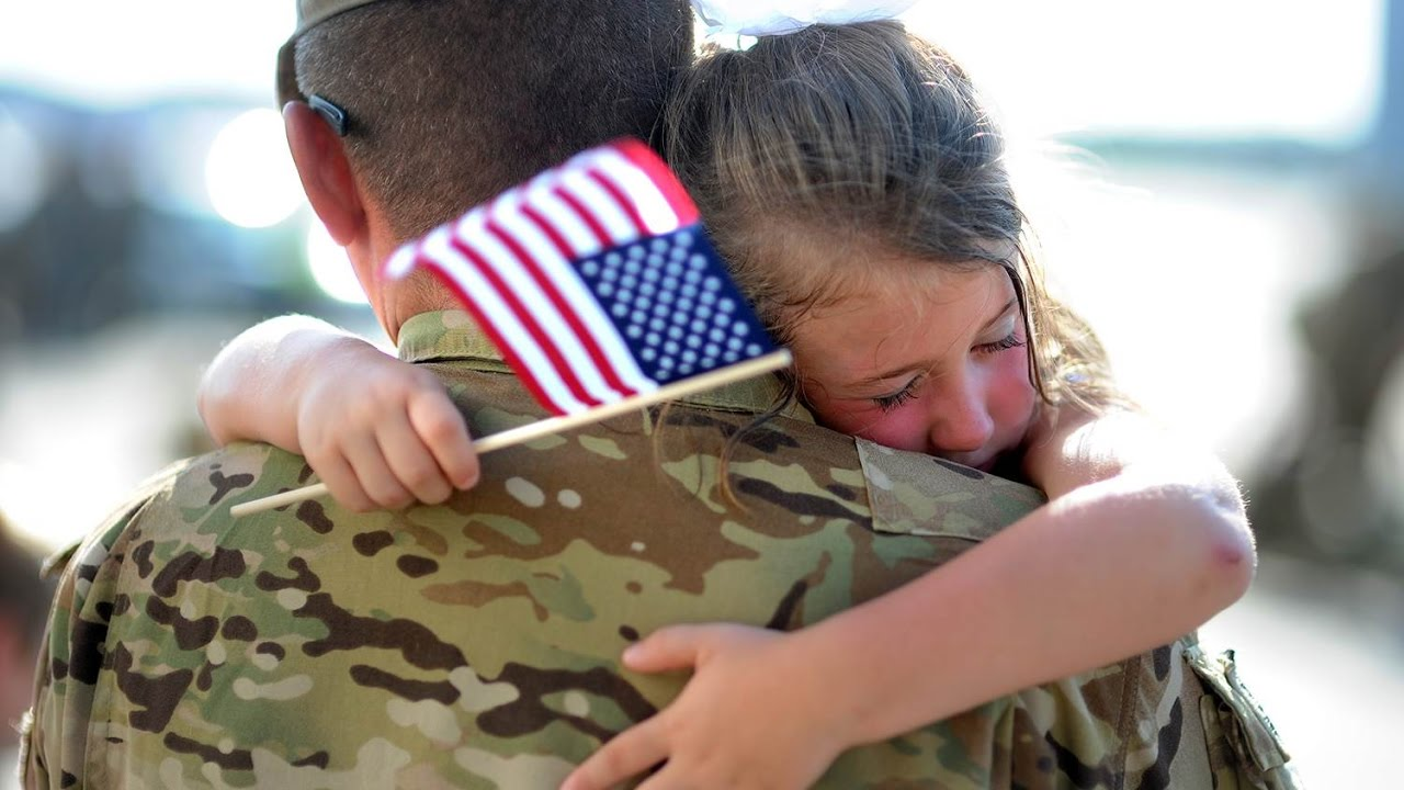 Most Emotional Soldiers Coming Home Compilation From 2016