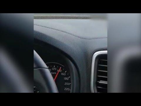 נהג נתפס נוהג במהירות מופרזת ועקב אחרי שוטר שנהג מהר לתחנת המשטרה