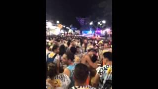 Beijo no carnaval pegação total