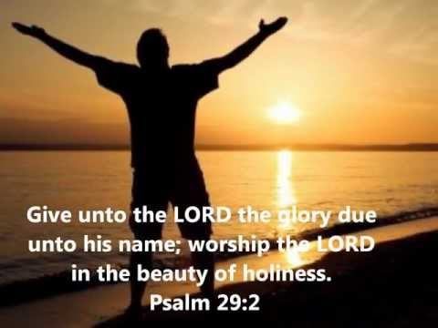 Made To Worship - Chris Tomlin (Lyric Video)