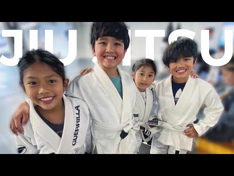 Jiu-Jitsu Kids: Trying Brazilian Jiu-Jitsu for the First Time!