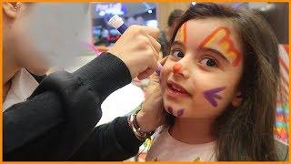 Alışveriş Merkezinde Yüz Boyama Etkinliğine Katıldık, Kelebek Olduk | Çocuk Videosu