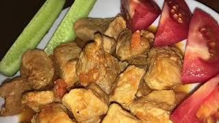 Гуляш из свинины или свинина тушёная с томатной пастой и луком
