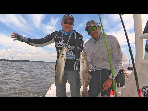 FOX Sports Outdoors SouthWEST #19 - 2017 Mobile Bay Alabama Speckled Trout Fishing