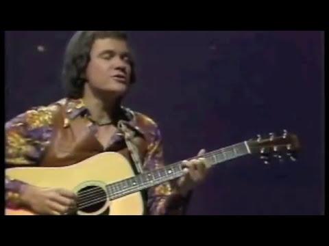 """David Gates performing """"If"""" (1977)"""