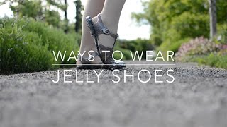 Ways To Wear Jelly Shoes Mini Summer Outfits Look Book | Holly Sparkle