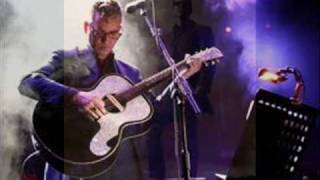 Watch Richard Hawley Some Candy Talking video