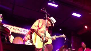 Taj Mahal - Going Up To The Country, Paint My Mailbox Blue HD