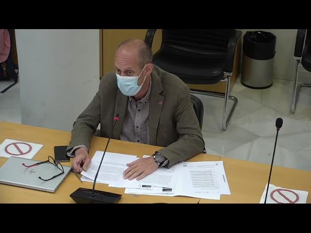 El PSOE pide al Gobierno municipal que acabe con las carreras de coches en Entrevías