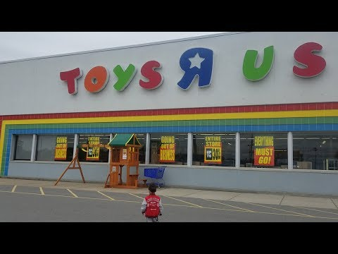 Toys R Us 1957 - 2018 Last Toy Shopping