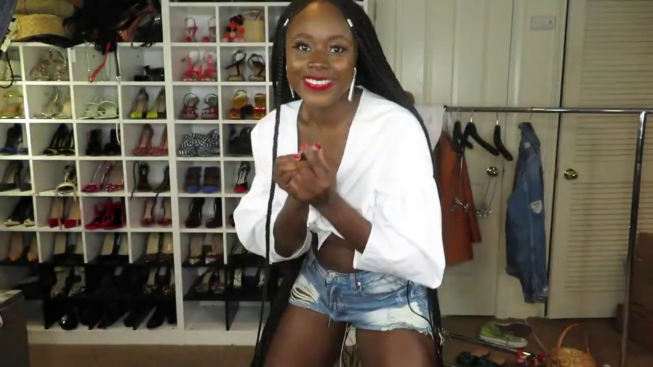 [VIDEO] - Five Ways to Style Denim Shorts This Summer 3