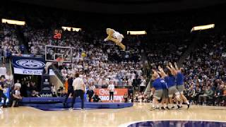 Cosmo the Cougar 3-Point Dunk 2020