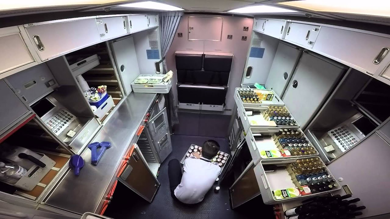 767 300 Aft Galley Youtube