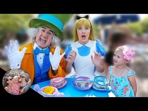 The Mad Hatter has bad news! | Disneyland vlog #47