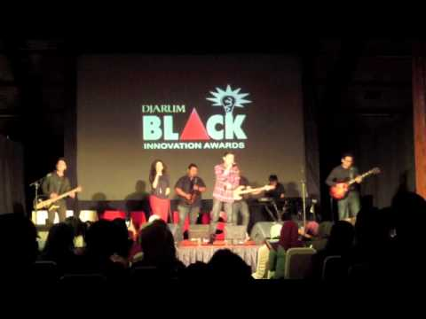 HiVi - Lihatlah Dunia (Live Acoustic at BIA Talks Malang)