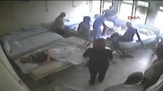 Manisa'daki hastanede bağlı olduğu yatağı ateşe verdi