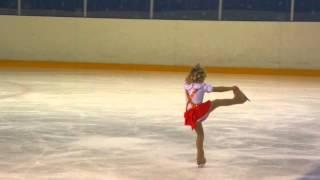 """ДЮСШ Фигурное катание """"Арена Мытищи"""" - выступление Маши 25-12-2013"""