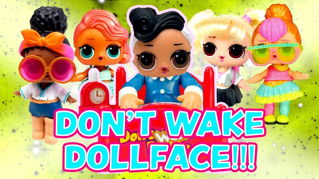 LOL Surprise Dolls Don't Wake Daddy Dollface's Birthday Party Game! W/ Foxy
