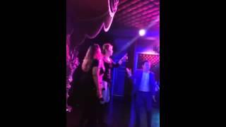 Гарик Бульдог Харламов танцует
