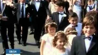 Традиции и обряды греческой свадьбы(В Греции свадьба длится целую неделю, обычно празднование бывает очень громким, а расходы берут на себя..., 2015-03-24T20:46:55.000Z)