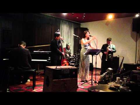 Monita Tahalea - Saat Teduh (Mostly Jazz 14 Feb 2013)
