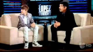 Justin Bieber sings O Canada