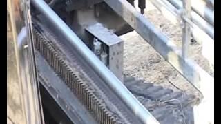 Прокладка трубопровода с помощью установки Vermeer Navigator(Компания ЗАО «Спецстрой-2» была создана в 1959 г., как специализированное предприятие по строительству наруж..., 2013-09-12T08:52:19.000Z)