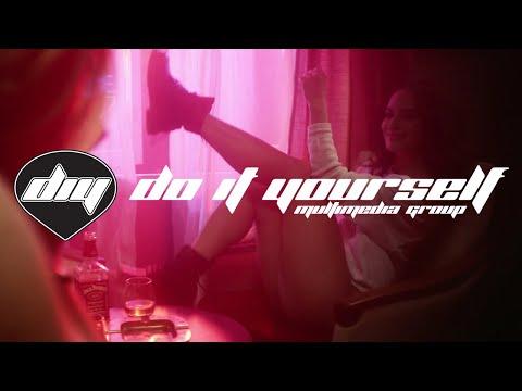 ARMIN VAN BUUREN feat. CONRAD SEWELL - Sex, love & water [Official video] - 동영상