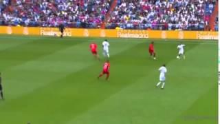Video Roberto Carlos khiến fan lác mắt bằng kỹ thuật chuyền bóng điêu luyện