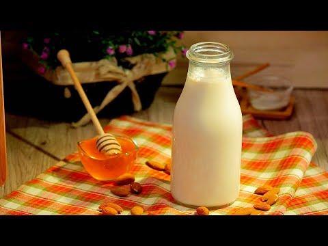 Cum să faci lapte de migdale acasă