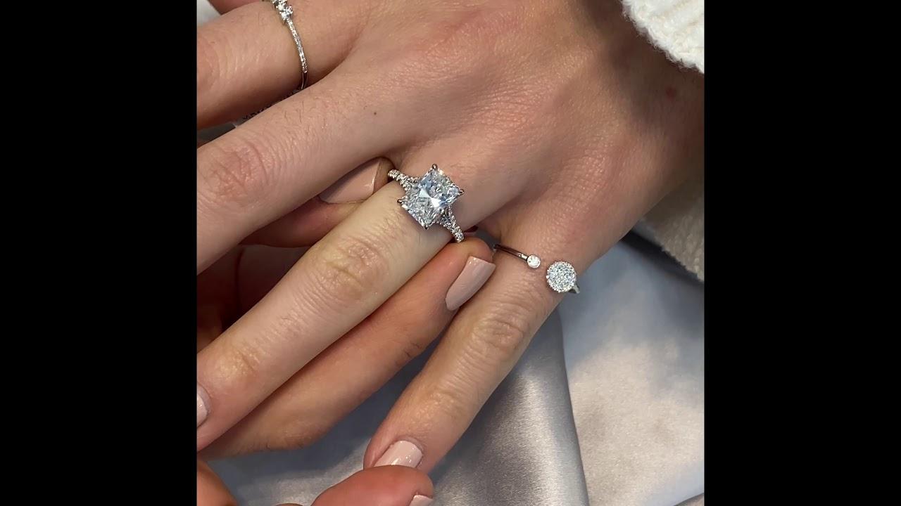 2.80 carat Radiant Cut Diamond Split Band Ring