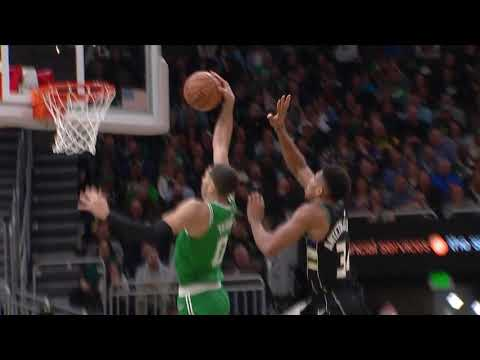 Giannis Antetokounmpo Has Ridiculous Chasedown Block On Jayson Tatum
