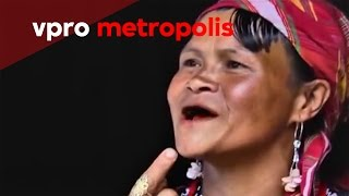 Black and filed teeth in the Philippines - vpro Metropolis thumbnail