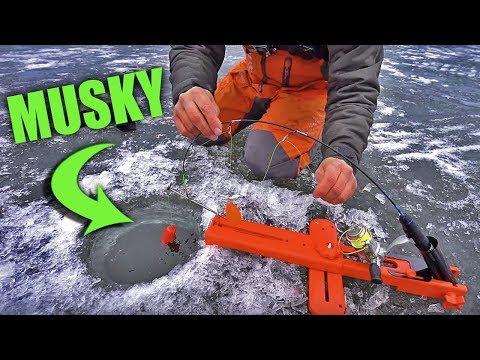 ICE FISHING Muskies With JON B?! -