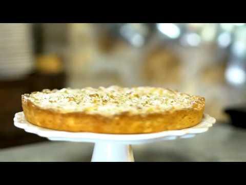 Torte Da Credenza Alice : Sbrisolona ripiena ricotta e amaretto youtube