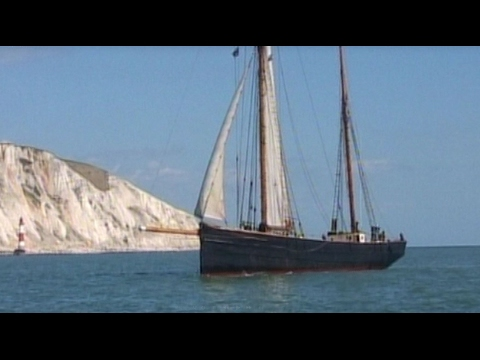 KeepTurningLeft  film 8 Sailing into Rye Harbour with Dylan Winter