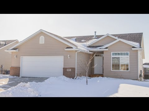 5601 W. Pineridge Drive Sioux Falls, SD 57107 - Green Acre Real Estate